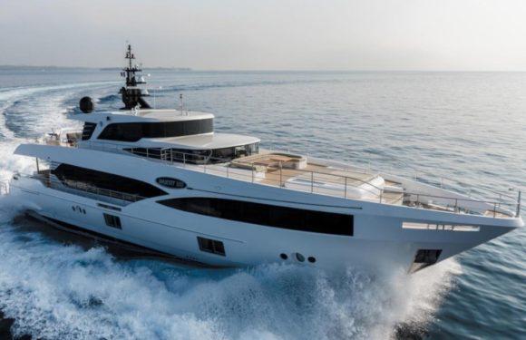 Аренда яхты Gulf Craft Majesty 100 MIA