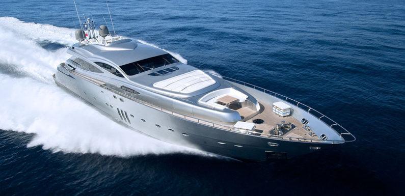 Продажа яхты Pershing 115
